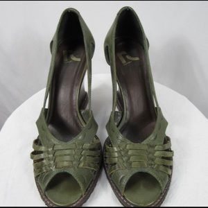 Report Peep Toe Weaved Leather Wedge Heel  Sz 7